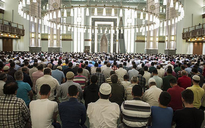 الازهر نماز جمعه را واجب عینی اعلام کرد