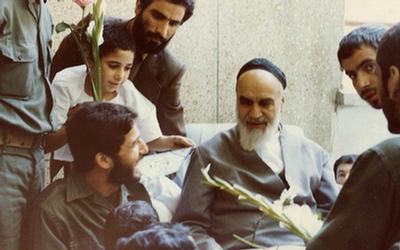 مبنای سیاست خارجی جهادی در اندیشه امام خمینی(ره)