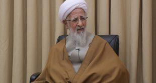 آنکه روسری خود را بر سر چوب میکند با قرآن مخالف نیست، بلکه با این شرایط کشور مخالف است