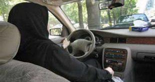 سخاوتیان: جواز رانندگی زنان از روی اضطرار است/ روشن: ایراد به اصل رانندگی زنان استناد دقیق روایی ندارد