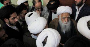 تصاویری از سخنرانی آیتالله آصف محسنی در یک نشست رجالی در مشهد