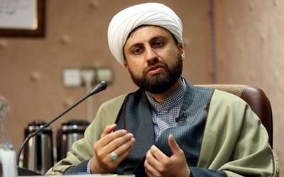 کنفرانس وحدت را به جای تهران در مناطق سنی نشین برگزار کنیم/ گفتگوهای غیررسمی علما در تحقق وحدت جهان اسلام بسیار مؤثر است