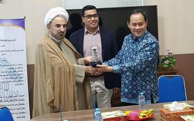 بخش مطالعات فقه جعفری و شافعی در دانشگاه رادن فتح اندونزی افتتاح شد
