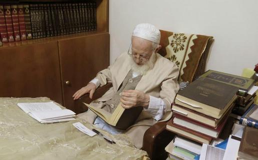 شایعه ابتلای آیتالله شبیری زنجانی به کرونا تکذیب شد