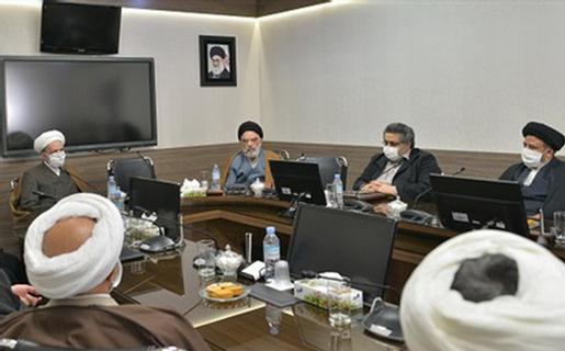 سلایق گوناگون حوزوی میتوانند با رعایت اصول انقلاب اسلامی در عرصههای مختلف حوزه مشاركت كنند