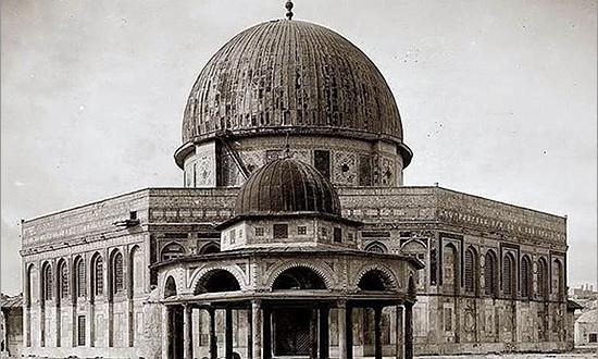 محمد کاشانی:حجاب و پوشش بانوان در ادیان ابراهیمی
